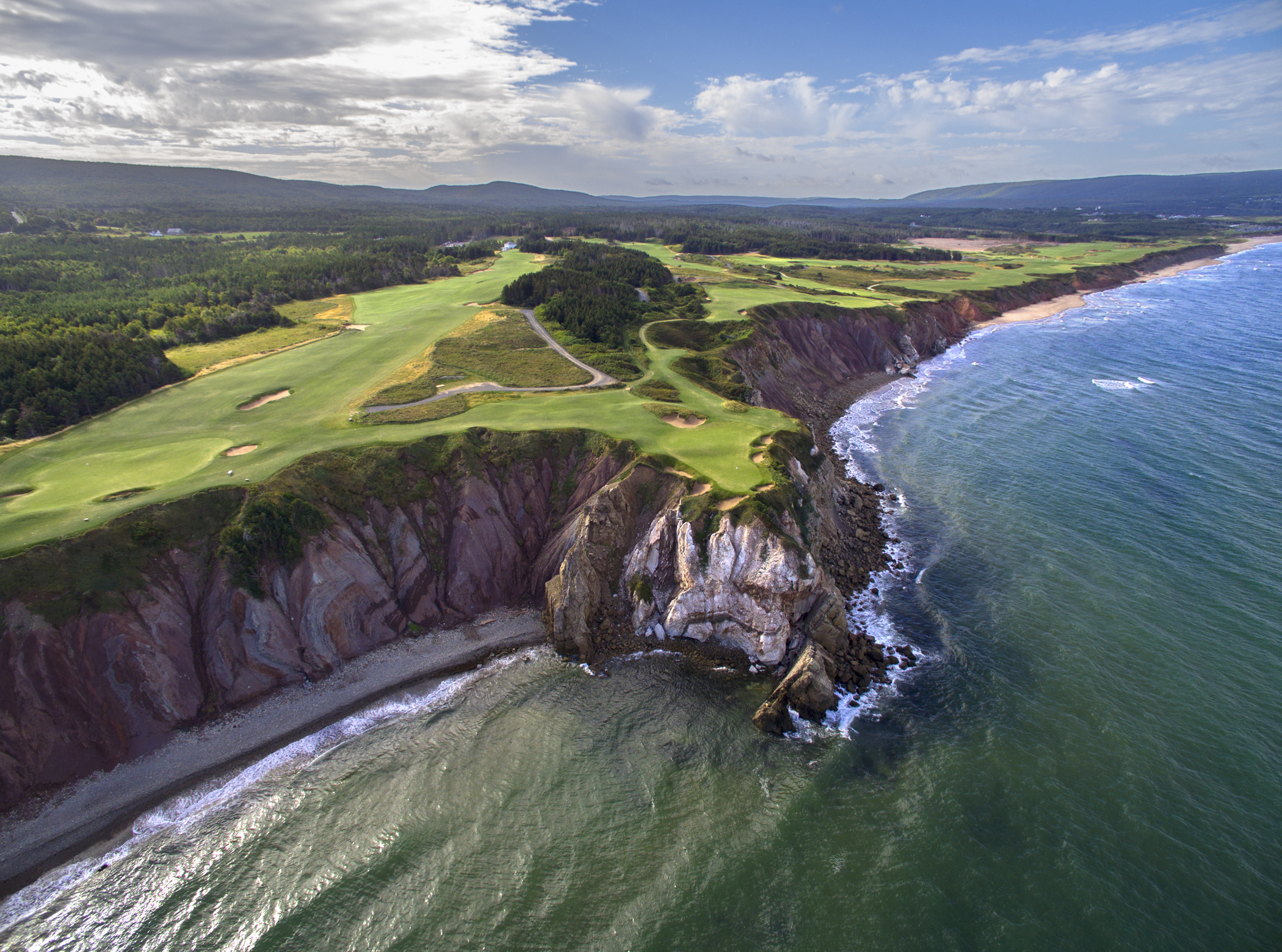 Cabot Cliffs, Canada's new gem