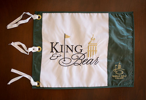 Pin Flag - King & Bear