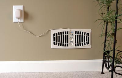 The AirFlow� Breeze Register Booster Fan includes a standard 6-ft cord.