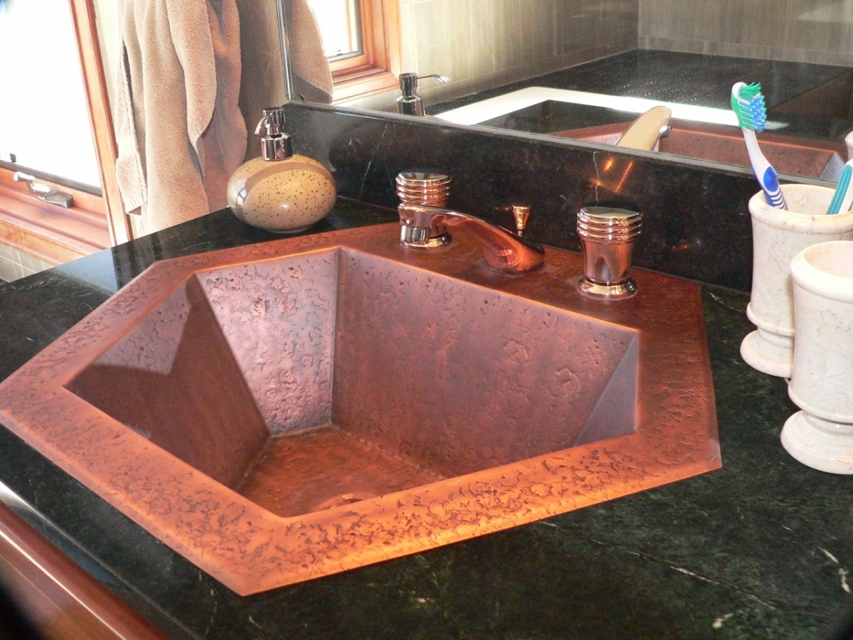 Hammered Copper Hexagon Traditional Bath Sink