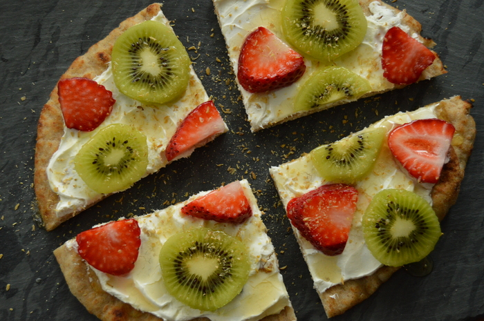 A Taste of the Good Life: Fruity Flatbread