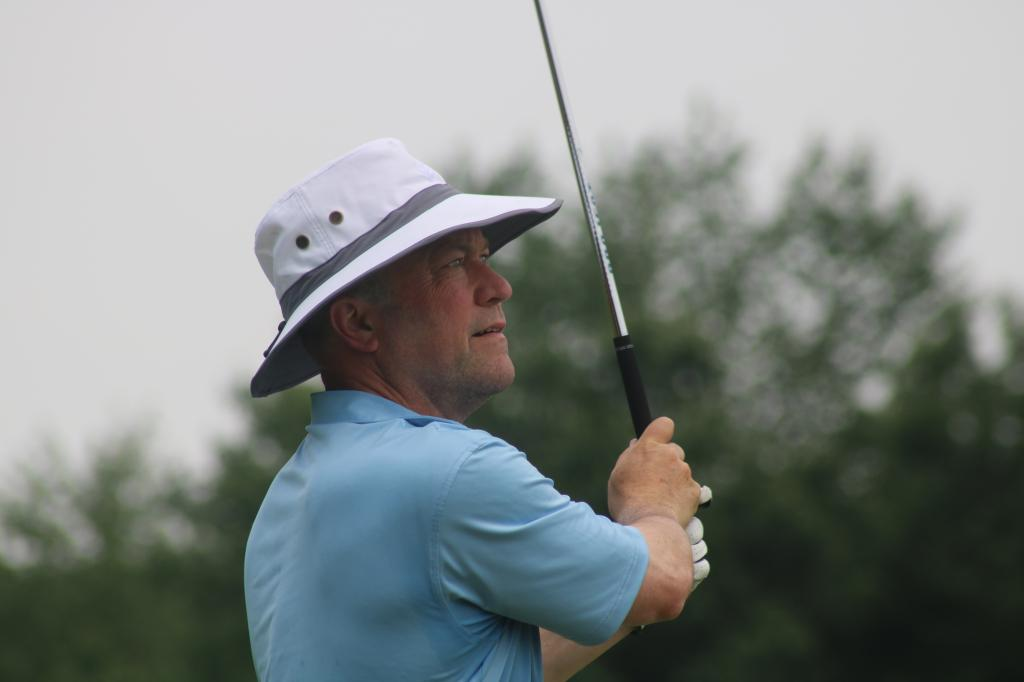 Bob Jacobs holds on to win the 2018 Indiana PGA Senior Open