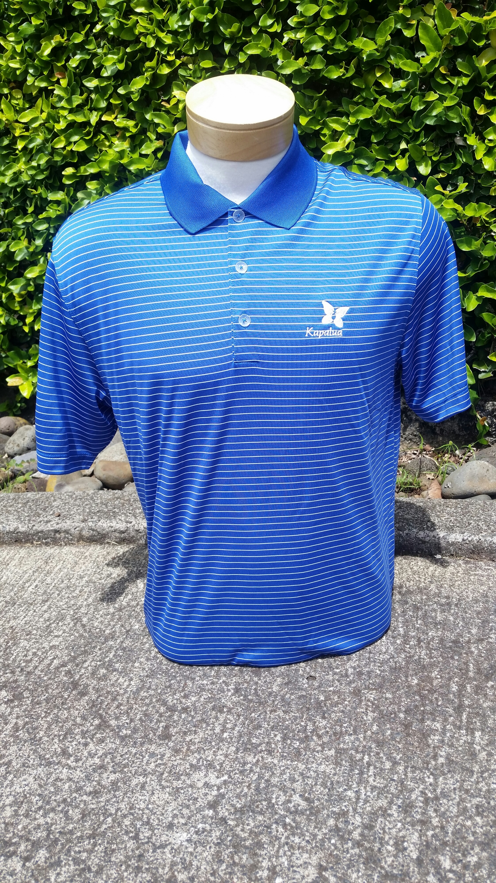 Nike Men's Blue and White Pinstriped Polo