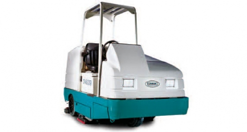 7400 Ride-On Scrubber
