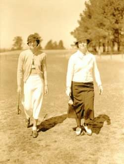 Aniela Gorczyca Goldthwaite (L) and Bertha Bowen (R)