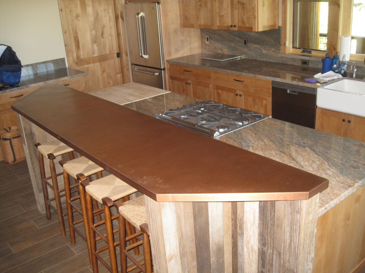Regular Hammered With Light Patina Bar Top