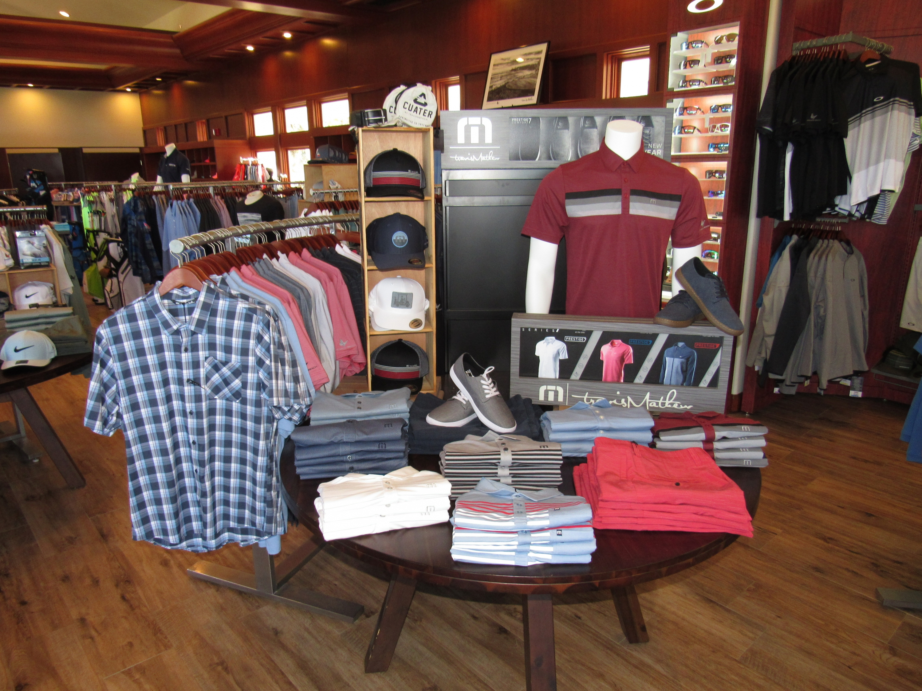 Eric Lohman talks what is new & cool in the Golf & Lifestyle Retail Store