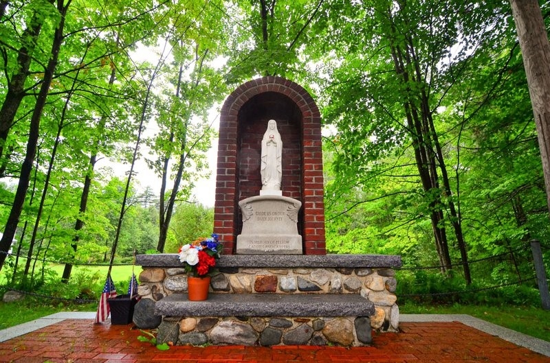 Shrine to the Caddies Officially on New Hampshire Registry of Historic Places