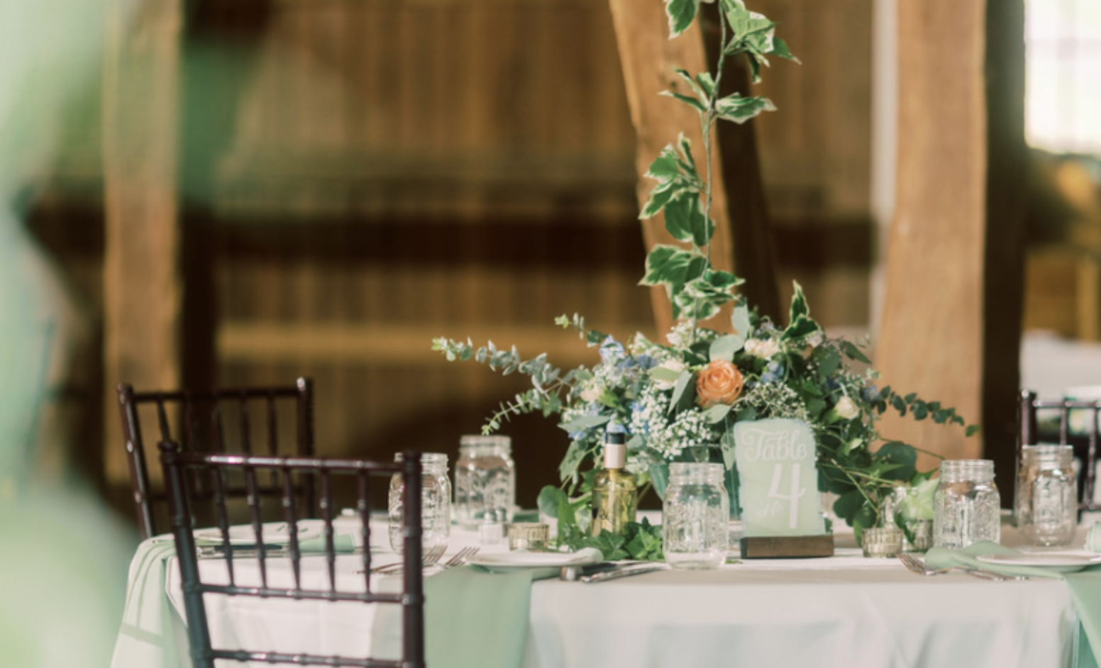 5 Reasons To Choose an Intimate Wedding Venue