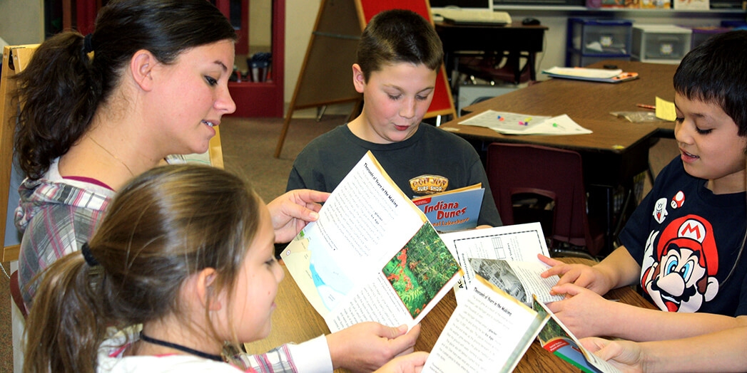 Teach Students to Read for the 6 Traits of Writing