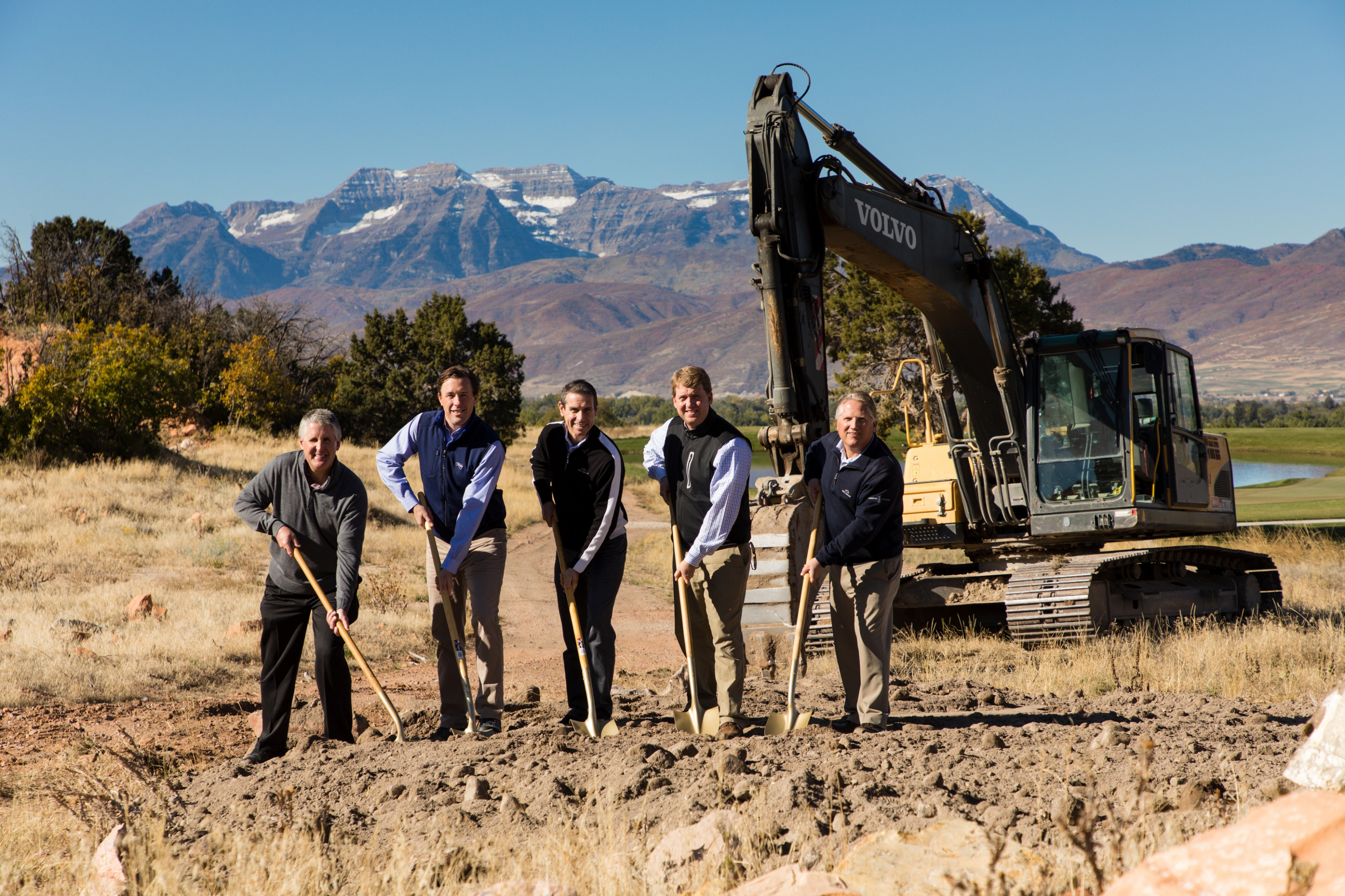 Red Ledges Celebrates 10th Anniversary with Groundbreaking for New Village Center