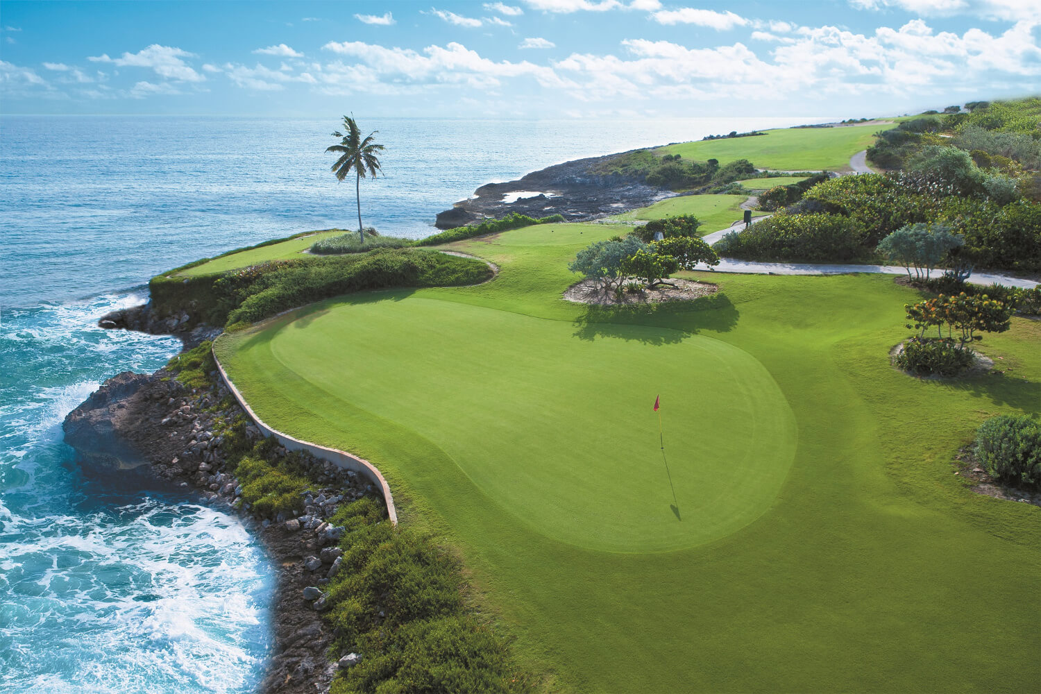 "TROON AND SANDALS RESORTS TEAM UP FOR ""SANDALS EMERALD BAY GOLF SWEEPSTAKES"""