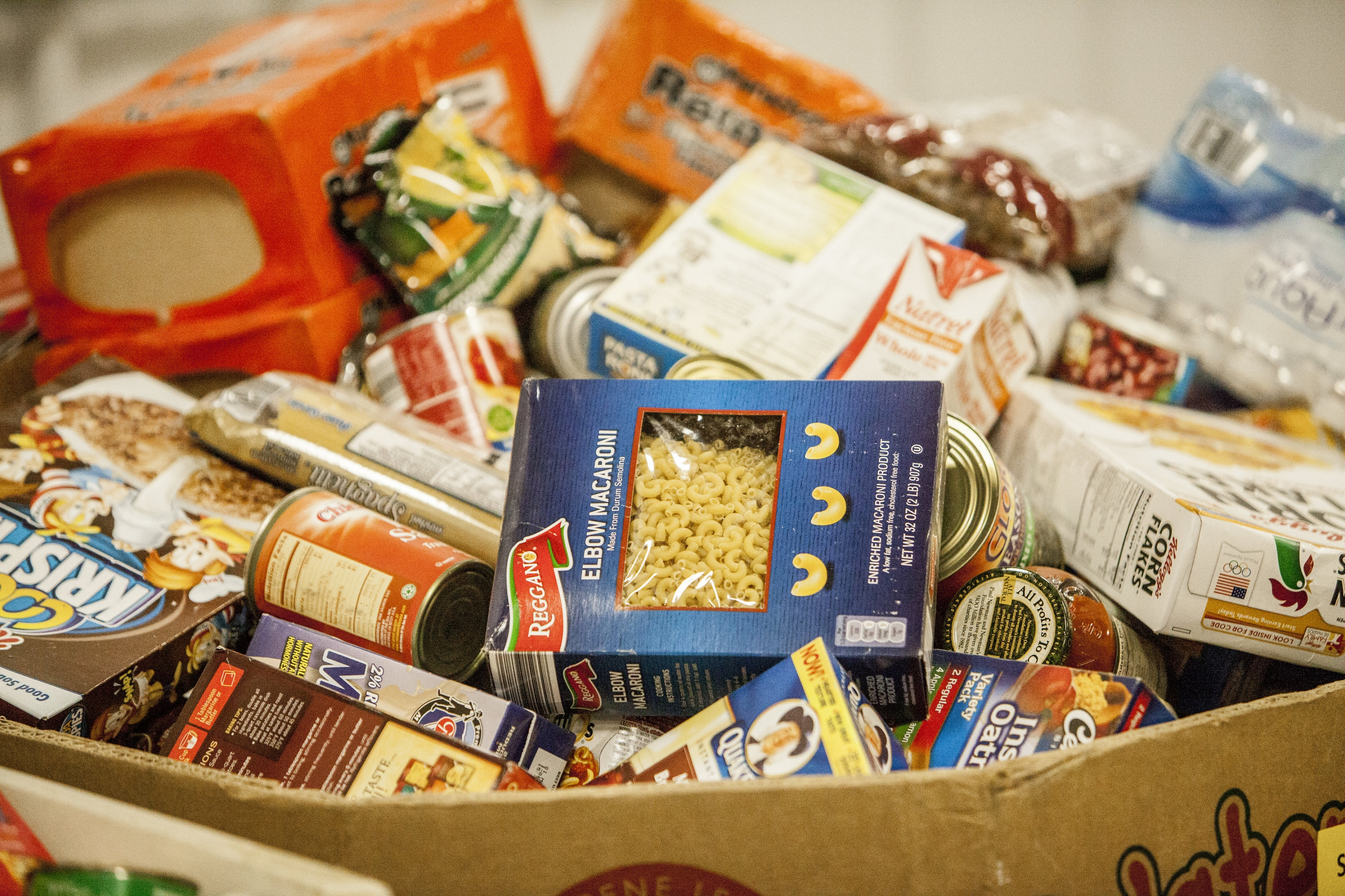 THE FOUNTAINGROVE CLUB BEGINS FOOD DONATION PROGRAM TO BENEFIT THE REDWOOD EMPIRE FOOD BANK